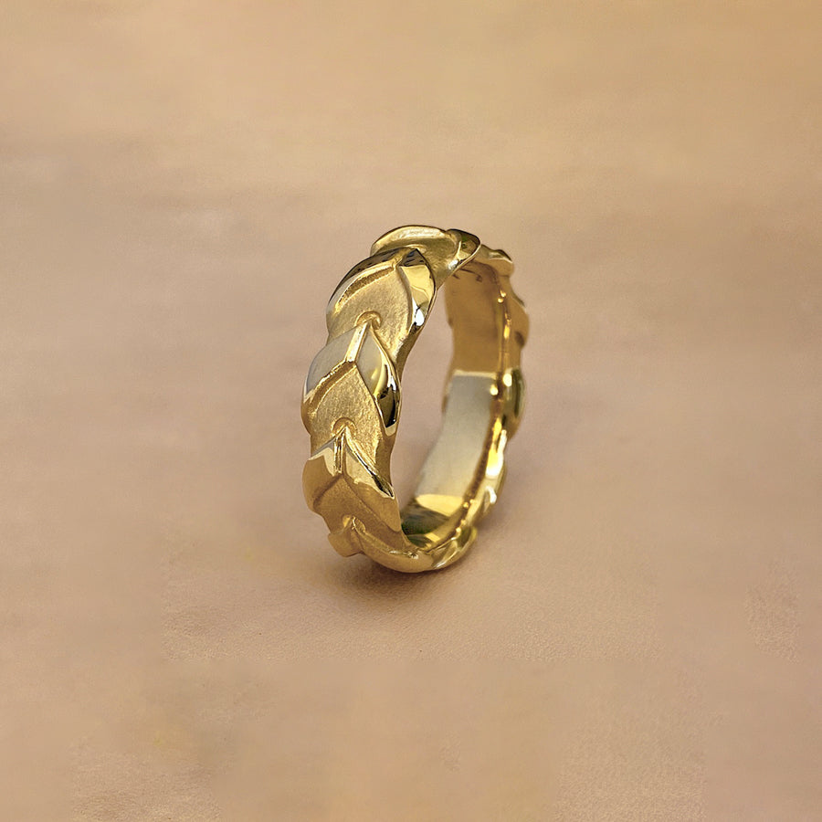Lace Rein Ring - 18k Yellow Gold