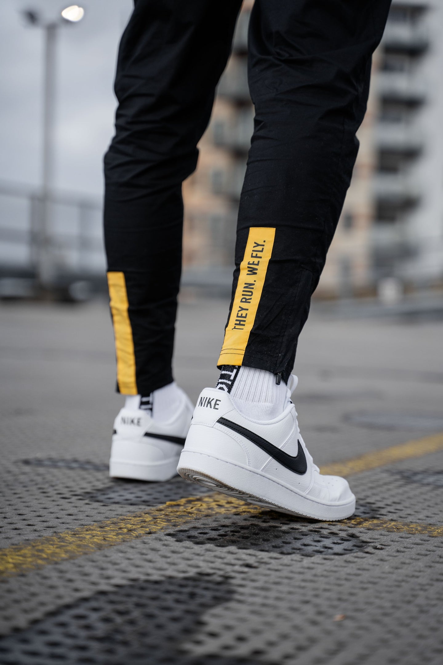 JOGGERS & LEGGINGS