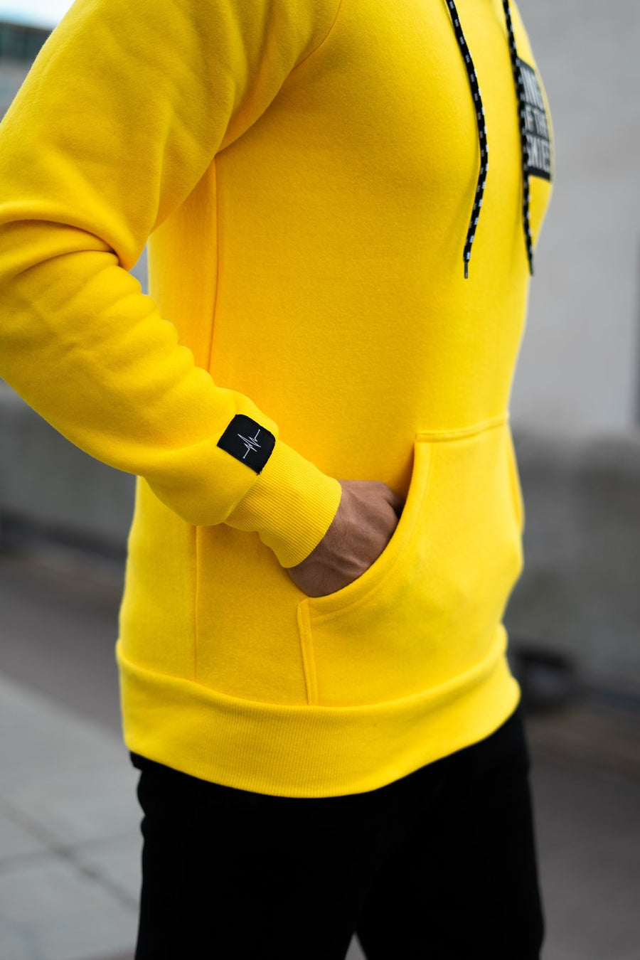 KING OF THE SKIES HOODIE - YELLOW
