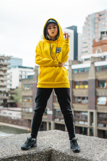 QUEEN OF THE SKIES HOODIE - YELLOW