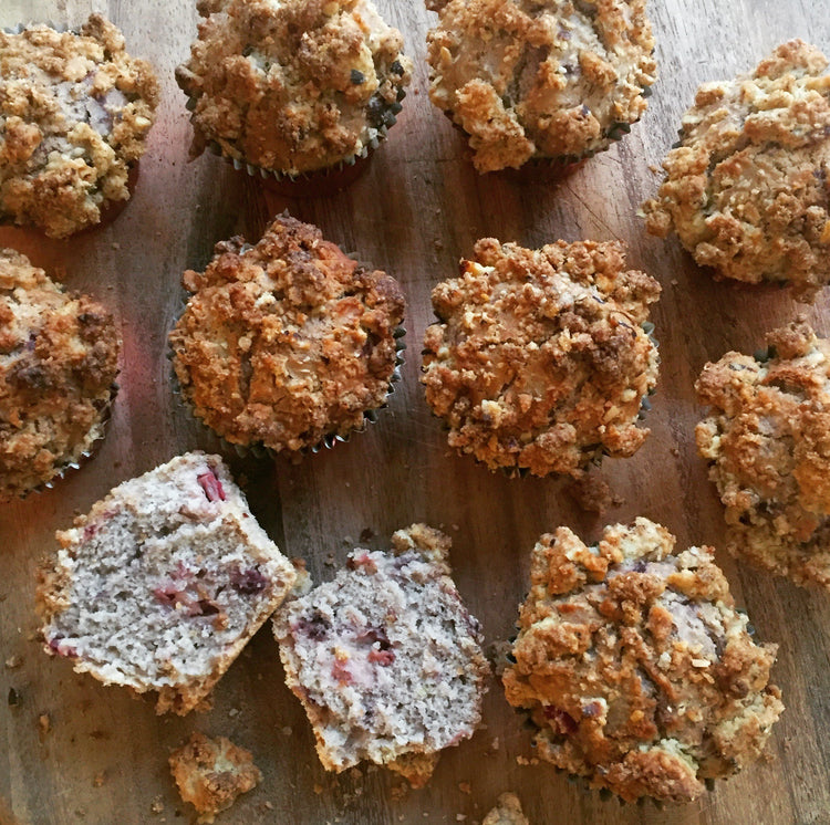 Lime and Rhubarb Crumble Cakes