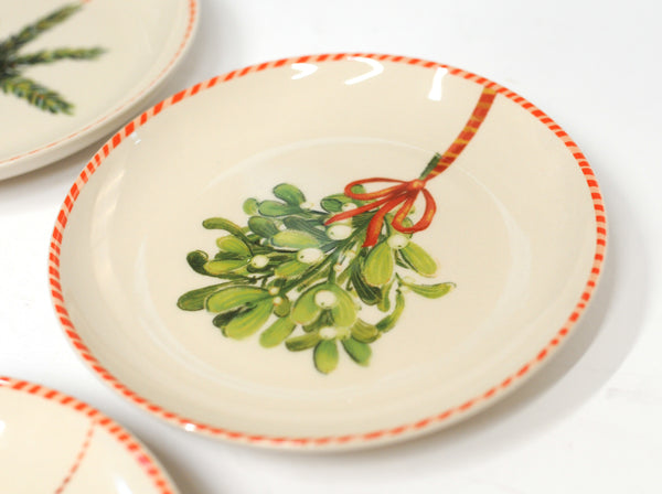 Pine Holiday Plates