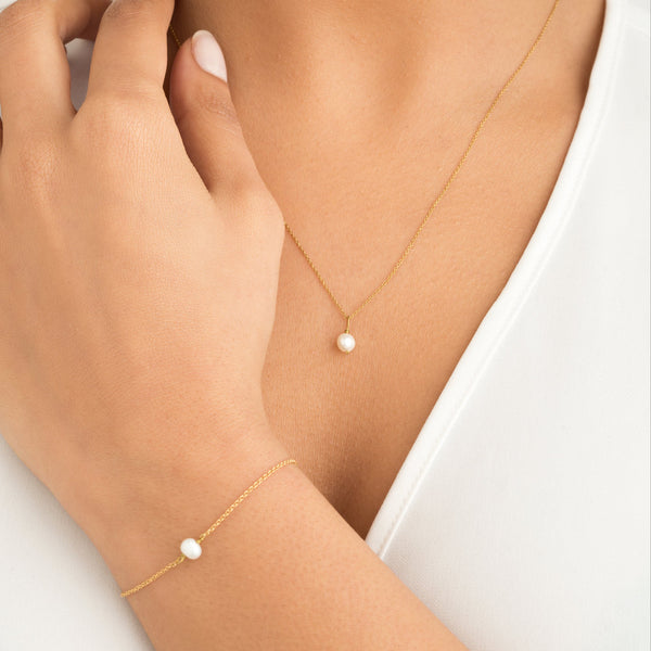 Gold Single Pearl Necklace
