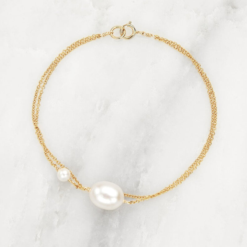 Gold Layered Large and Small Pearl Bracelet