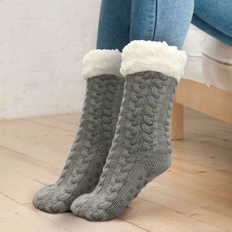 Soft, cloud-like and ultra-plush soft non-slip socks
