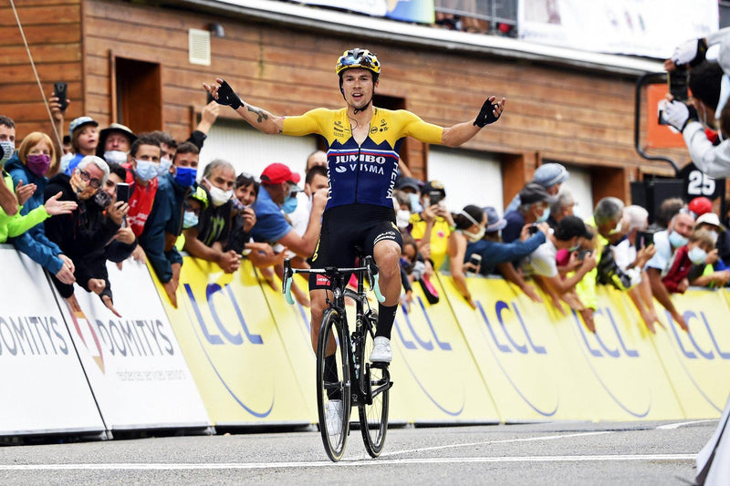 Bianchi rules the restart of world cycling