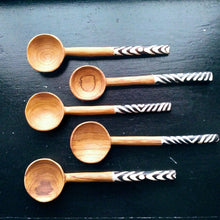 Load image into Gallery viewer, Kenyan Handcrafted Long Spoons