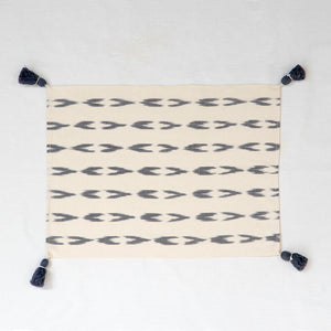 Placemat white cotton with gray stripes