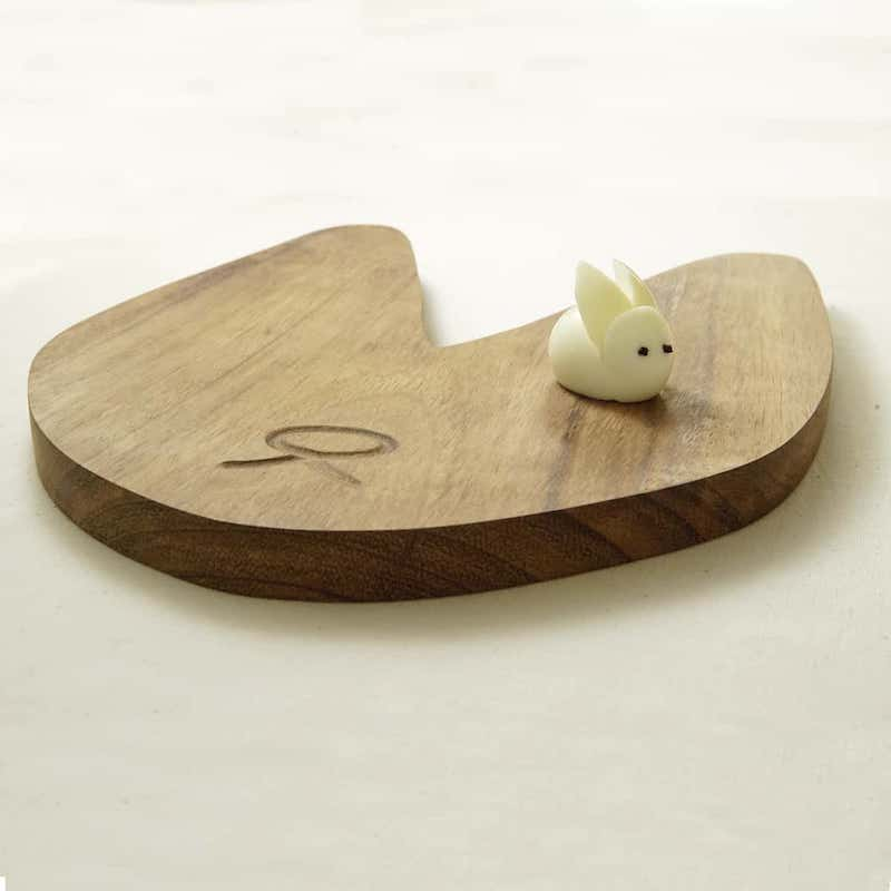 Rabbit Cutting Board