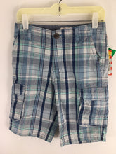Load image into Gallery viewer, Cat & Jack Child Size 8 Plaid Shorts - boys