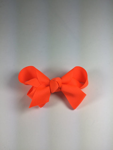 Medium Solid Neon Orange Cuteypie Clips