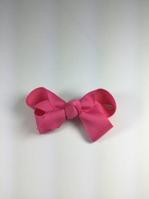 Medium Solid Hot Pink Cuteypie Clips