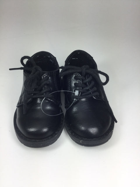 Childrens Place Black 5 Shoes/Boots - boys