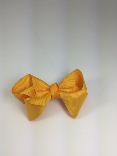 Large Solid Yellow Gold Cuteypie Clips