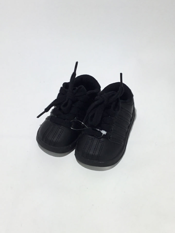 K Swiss Child Size 5 Toddler Shoes/Boots - boys