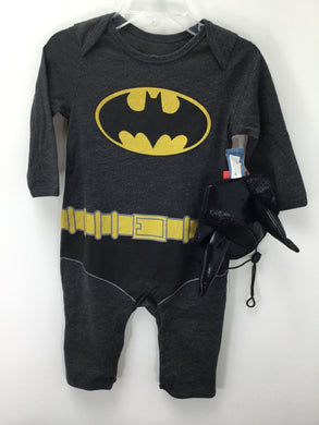 Old Navy Child Size 6-12 Months Batman Halloween Costume