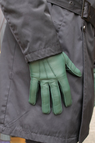 Mens Gloves at Elliot Rhodes
