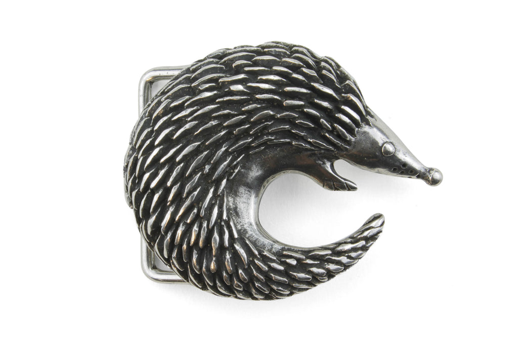 Aged Silver Curled Hedgehog Buckle 40mm