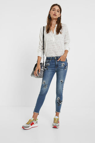 Skinny embroidered floral jeans