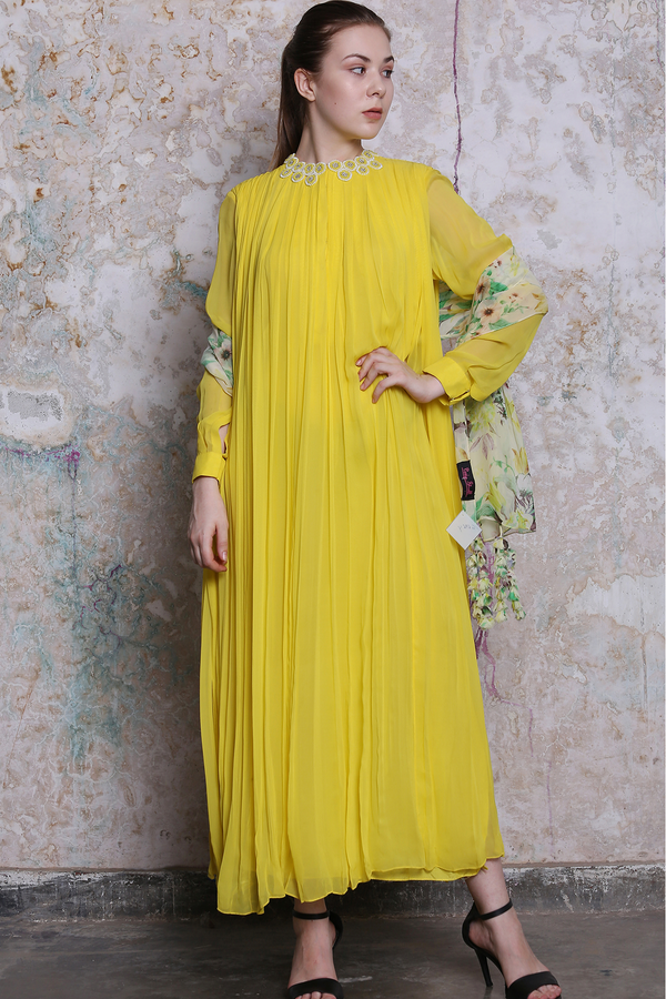 Yellow Pleated Kurta With Printed Scarf Set