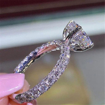 Charm full zircon crystal engagement ring fashion ladies ring new 2018 - Go Buy Dubai
