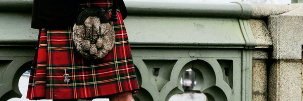 THE ESSENTIAL GUIDE TO KILT PINS