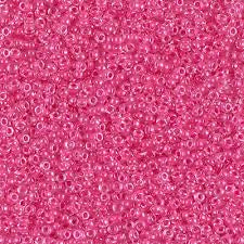 15-208 Carnation Pink Lined Crystal 13.5-14 grammes