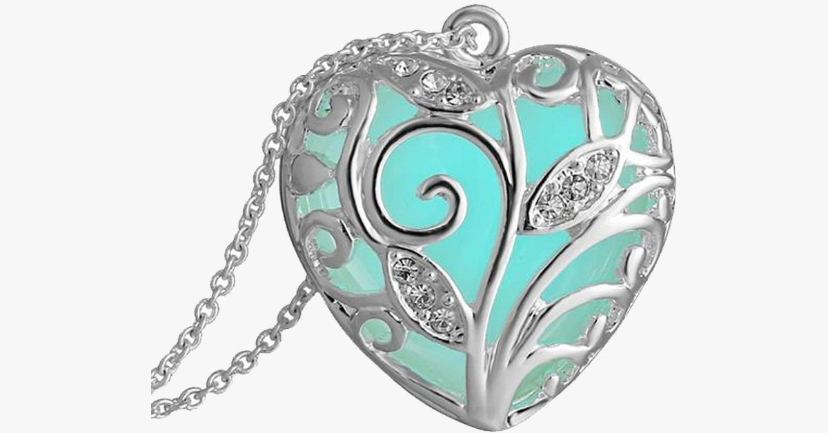 Glow In The Dark Heart Necklace - FREE SHIP DEALS