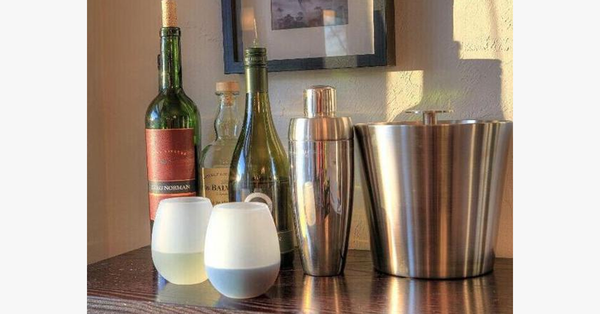 Foldable Silicon Unbreakable Wine Glass – It's Time to Pour More!