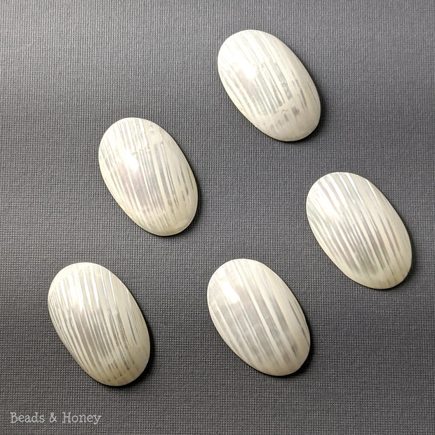 Silver Mouth Shell Cabochon Small 40x25mm (1pc)