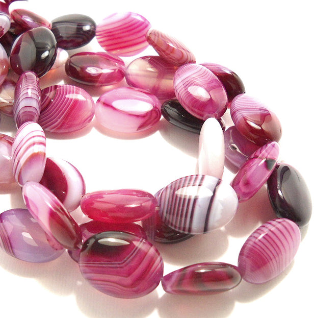 Agate Purple and White Oval Puffed15x20mm (Half Strand)