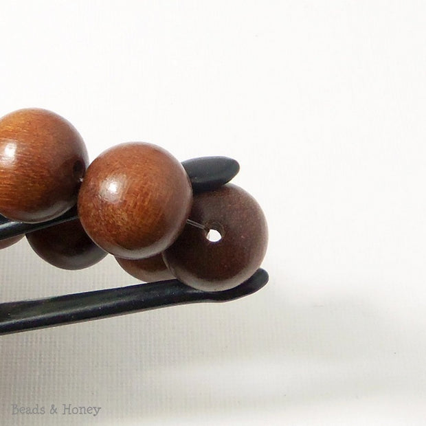Magkuno Wood Medium Brown Round 14-15mm (16 Inch Strand)