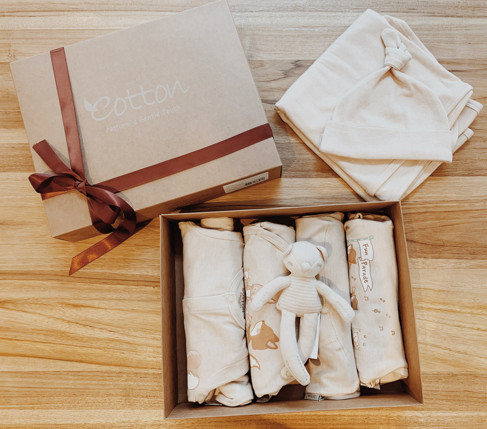 Organic Cotton Little Fox Luxury Baby Gift Set