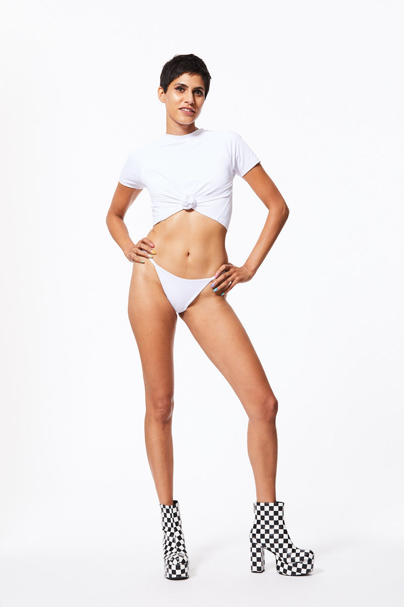 WHITE DIAMOND SWIM T-SHIRT & HIGH-CUT BIKINI SET