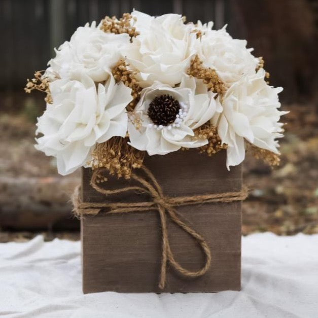 Ivory Centerpiece - Wood flowers Bouquets, Boutonniere, wedding Floral Decor & Accessories - Papiro Wood Flower Designs