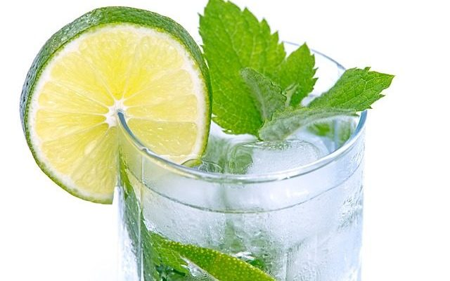 Alkaline Water - What Is It & Its Benefits