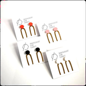 COLOUR SKINNY DANGLES