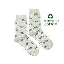 Load image into Gallery viewer, Women's Recycled Cotton Wave & Mountain Socks