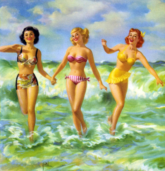 3 pin-up s'amusent dans la mer