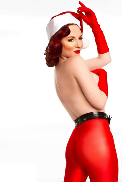 Sublime pin-up style noël avec vêtement moulant rouge