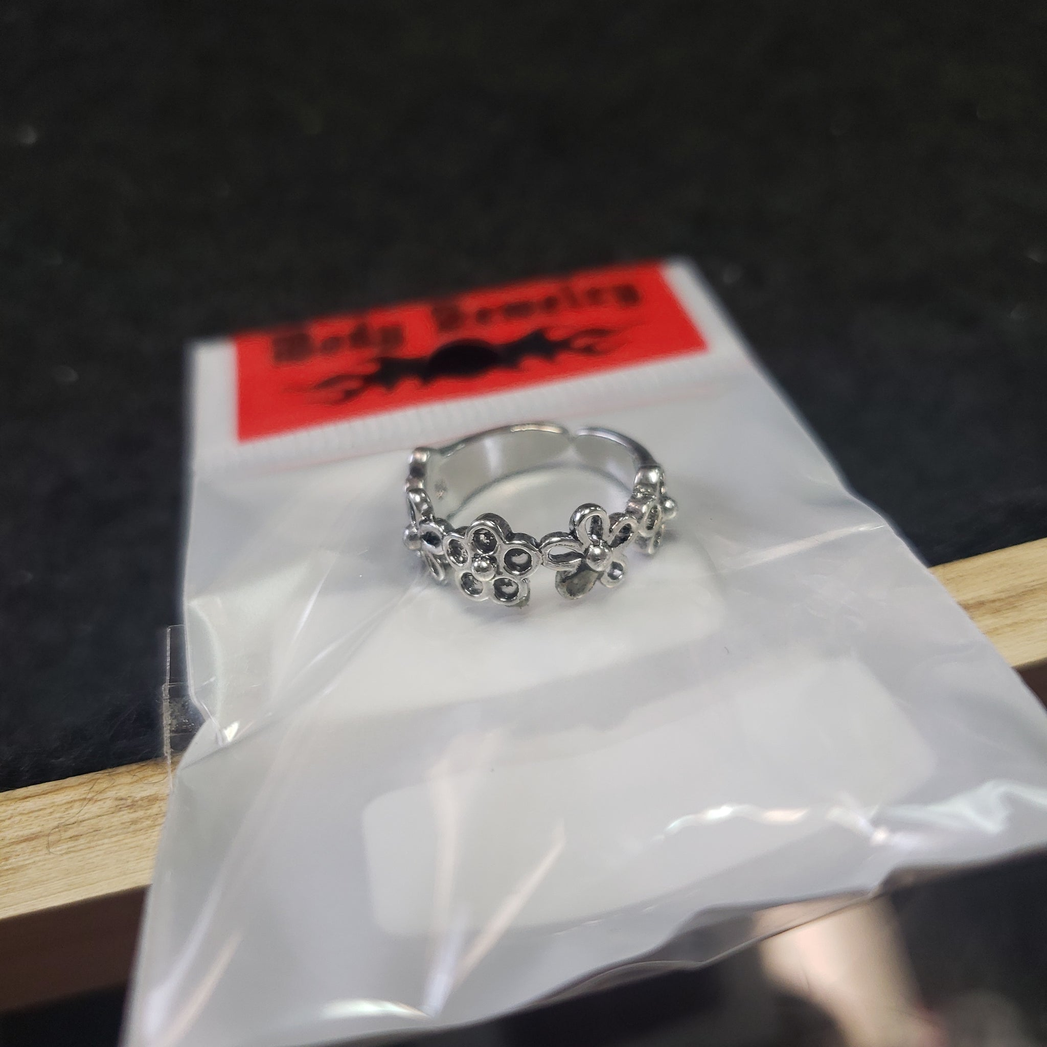Silver Flower Toe Ring