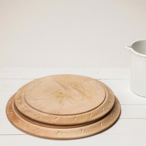 Blackcreek Round Bread Cutting Boards