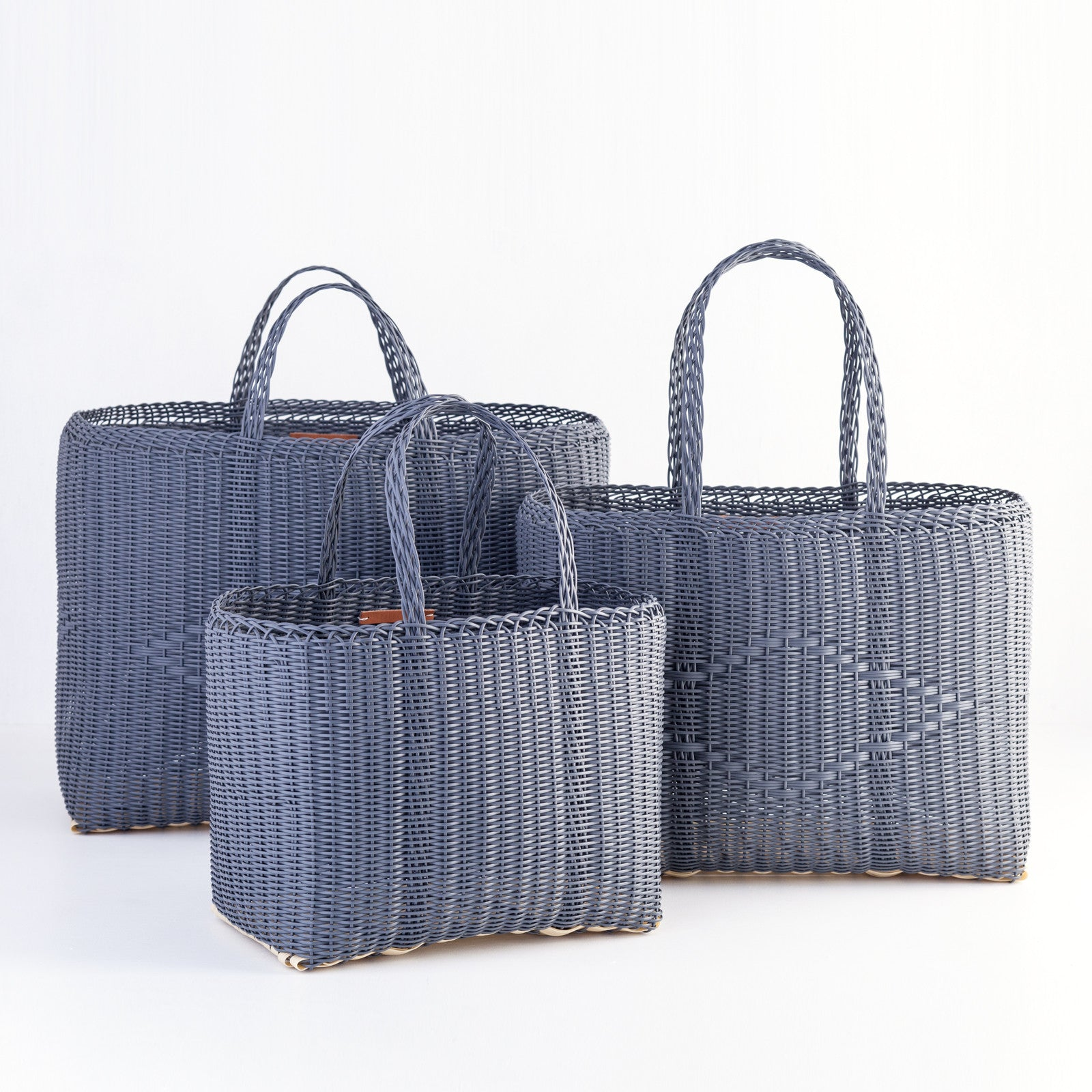 Recycled Plastic Tote Carbon