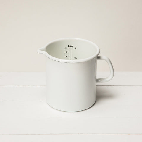 Enamel measuring pitcher cup