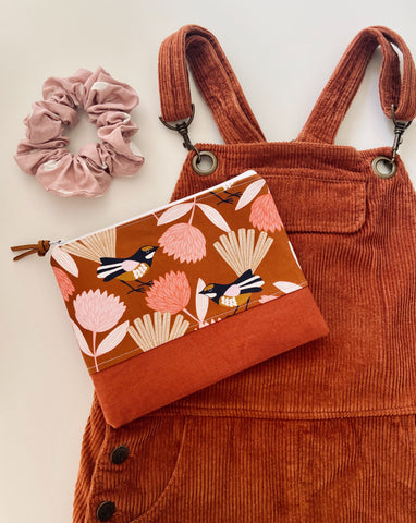 Rusty Wren Purse
