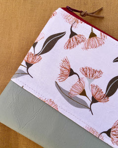 Gum Blossom Purse/Pencil Case