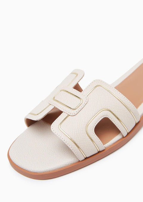 HEIDI FLATS AND SANDALS - FOOTWEAR | LYN Official Online Store