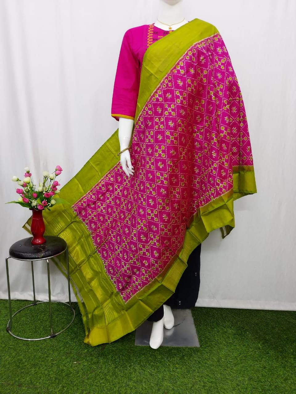 Pochampally Ikkat Silk Pink Dupatta & Green Border