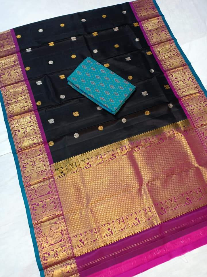 gadwal dupatta black color with blue top
