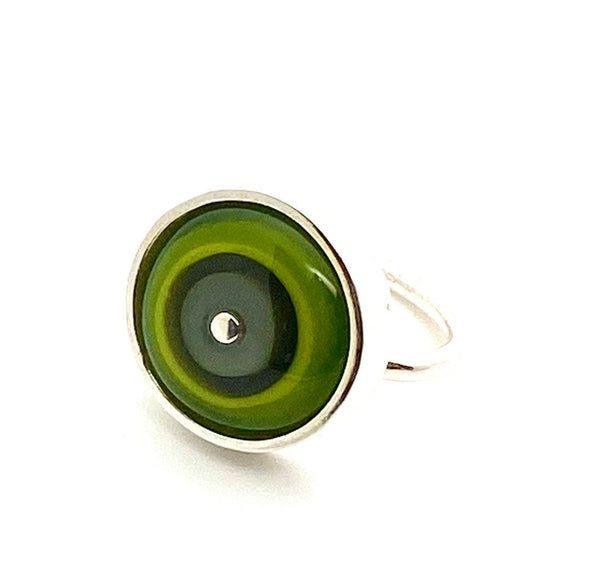 Simple Circle Ring Green and Gray Glass and Sterling Silver Framed US Size 7